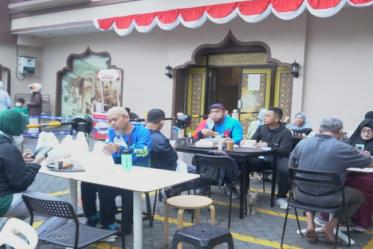 Obati Kerinduan Nikmatnya Arabian Food, Datang Ke Outdoor Breakfast Ajwad Resto.