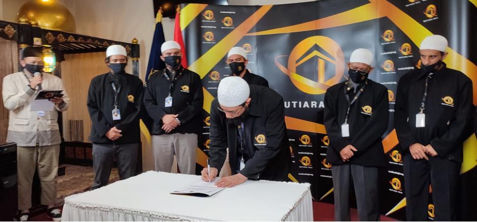 "Ustadz Khalid Basalamah Deklarasikan ""Mutiara Haji"" (Asosiasi Travel Haji dan Umroh)"